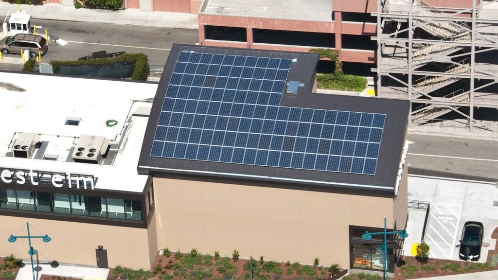 Roof-mounted solar for retail