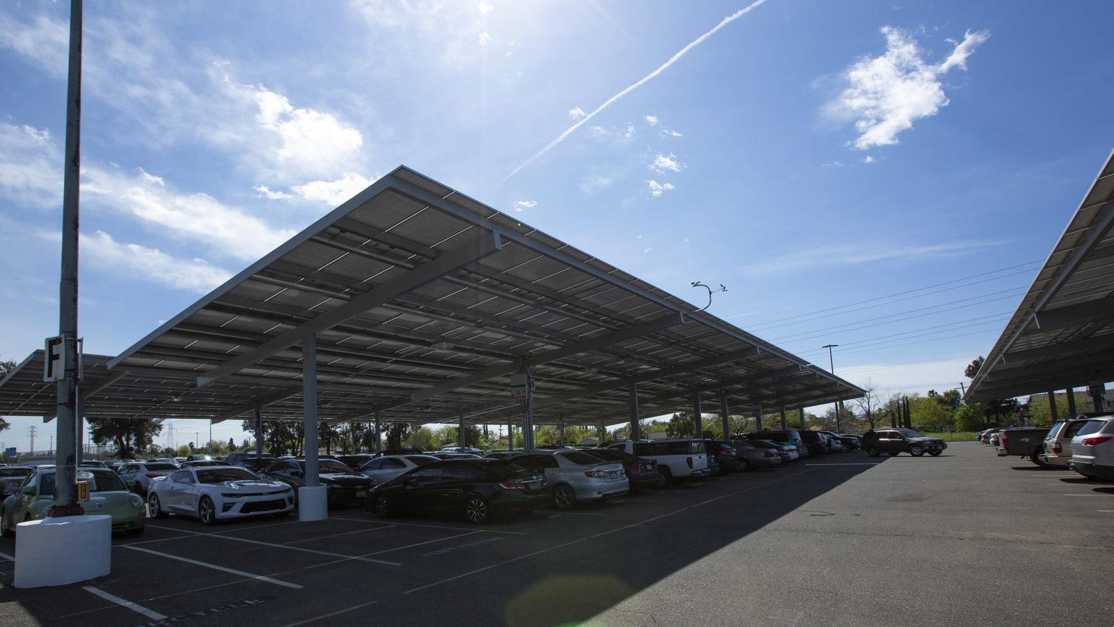 Borrego Solar canopy project powering California community college